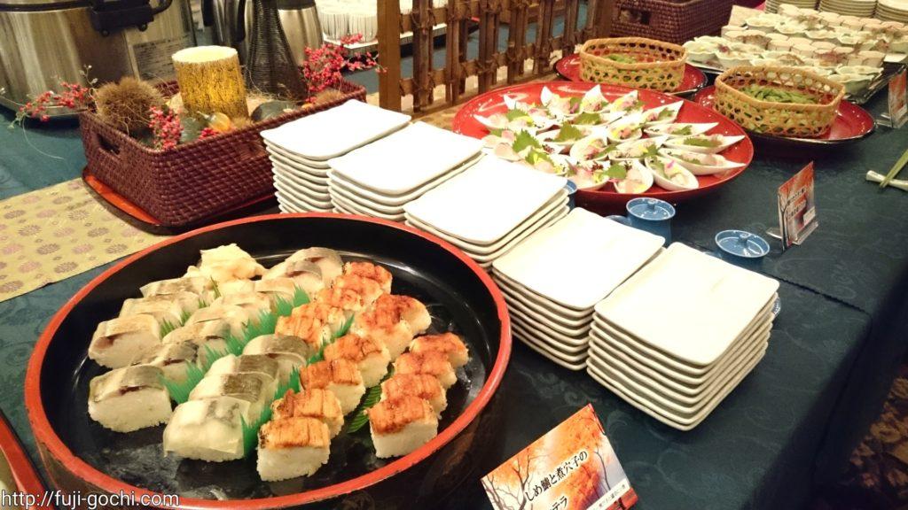 寿司に刺身