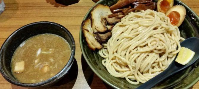 「梅田の場末の小さな温度差」- つけ麺屋ちっちょ 名代つけ麺特盛